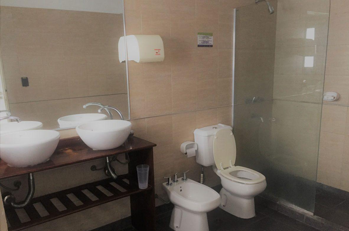Habitaciones Speriores-Baños-de-calidad---Quality-bathrooms